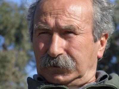 Uenal türkischer Senior 2