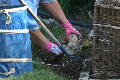 Gartenarbeit - gute Vorbereitung ist Goldes Wert ....