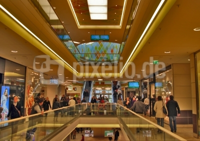 Konsumtempel einer Stadt - Einkaufscenter