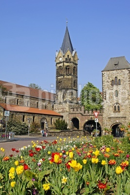 Nikolaikirche mit Nikolaitor