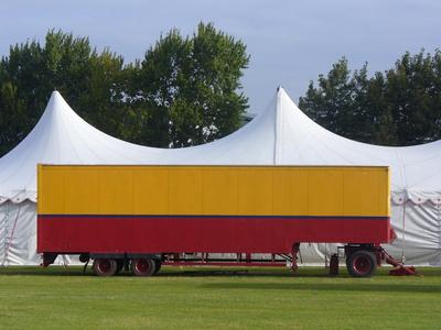 Der Zirkuswagen
