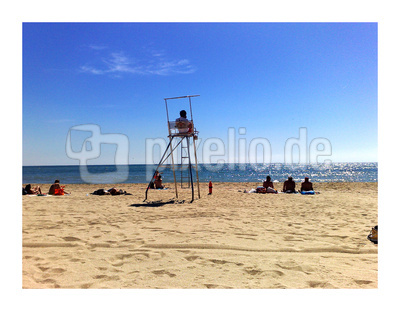 Barcelona früh am Strand