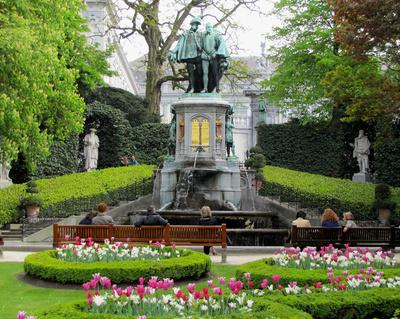 Brüssel, Place de Sablon (Teilansicht)