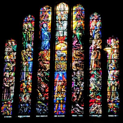 Kirchenfenster (Basilika von Koekelberg)