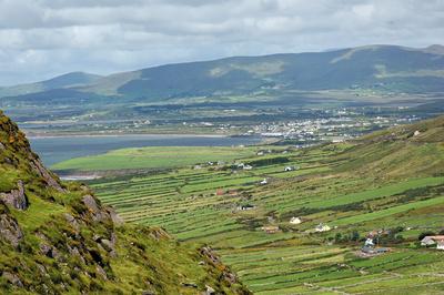 Blick auf die Berge in Irland