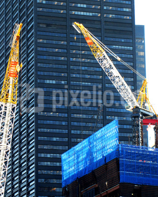 Baukrane und Baustelle in Ground Zero, Manhattan, März 2011