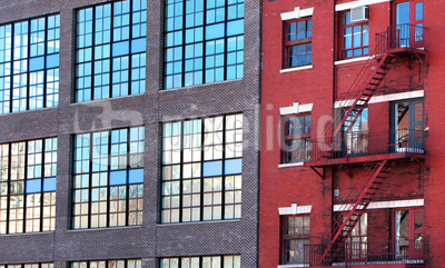 Fassaden-Kontraste in Chelsea, Manhattan