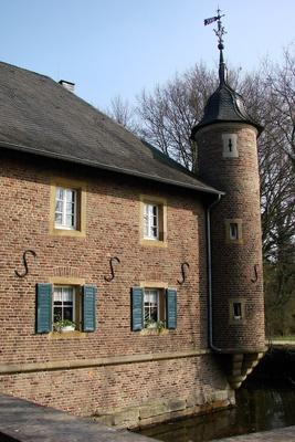 Wasserschloss Burgau zu Düren #4