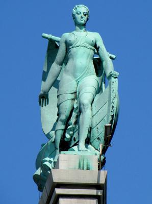 Götterstatue