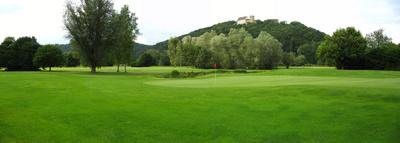 Panorama Golfplatz unter der Weitenburg, Bahn 13