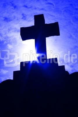 Kreuz in blau