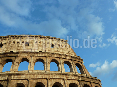 Kolosseum & Himmel