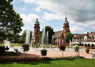 Marktplatz Freudenstadt mit Wasserspielen