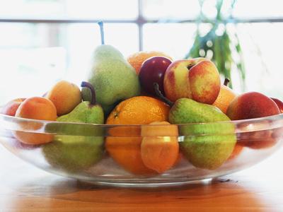 Obstschale mit diversen Früchten