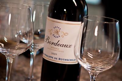 Bordeaux in Schräglage