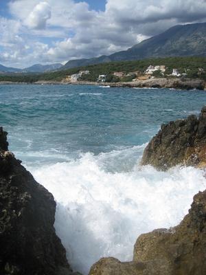 Schäumende Kraft des Meeres
