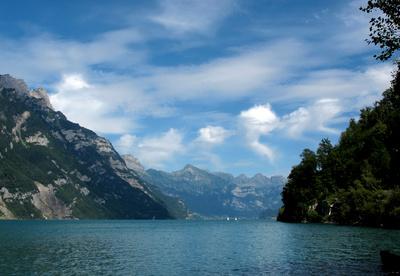 Steile Ufer am Walensee