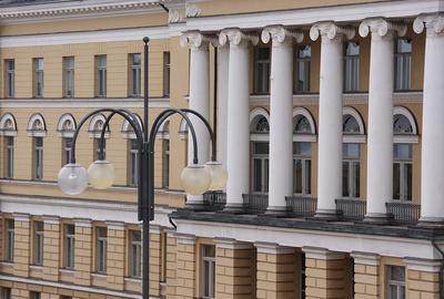 Fassade der Universität Helsinki
