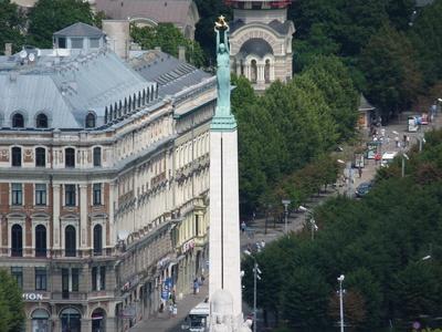 Riga (von Petrikirche): Siegessäule