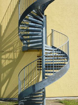 Schwungvoll nach oben - Wendeltreppe