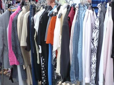 Lauter Kleidungsstücke