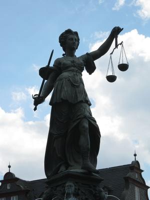Brunnenfigur am Frankfurter Römer