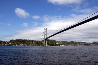 Die Nærøysund Brücke