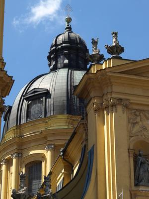 München, Theatinerkirche 2