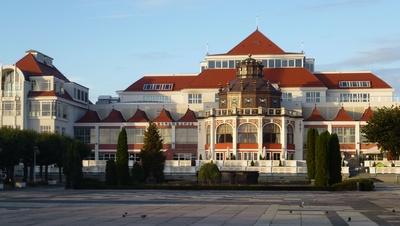 Hotel Sheraton in Sopot. Wellnesbereich und Restaurant