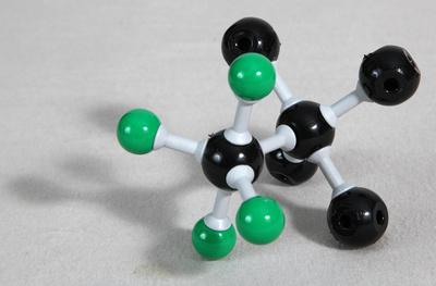 Molekül 1