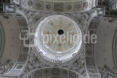 Theatinerkirche 4 - Blick in die Kuppel
