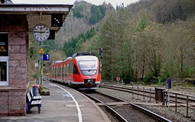 Mini-Bahnhof im Engtal