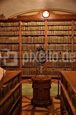 Kathedralbibliothek von Kalocsa  1