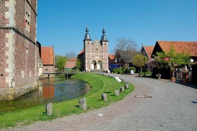 Wasserschloss Raesfeld mit Schlosskapelle