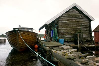 Fischerhütte mit Fischkutter, Landøy - Mandal