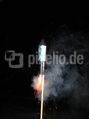 Raketenstart 3 - 2 - 1 - Zero