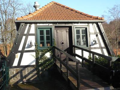 kostenloses foto kleines fachwerkhaus im sauerland. Black Bedroom Furniture Sets. Home Design Ideas