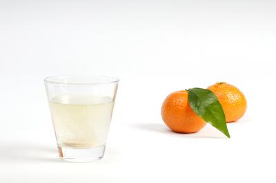 Sprudeltablette im Glas