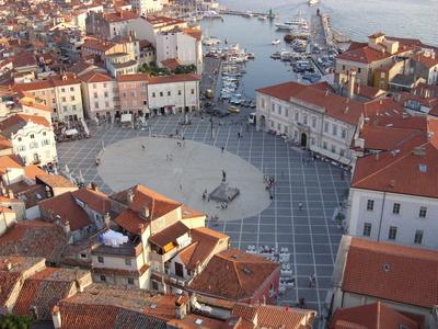 Der Tartini-Platz in Piran an der Adria