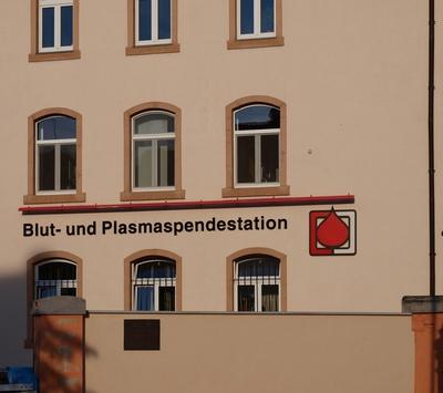 Blut- und Plasmaspendestation