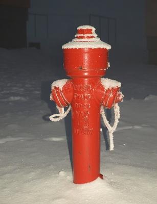Hydrant im Winter