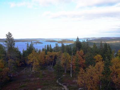 Blick auf den Inarisee in Finnland