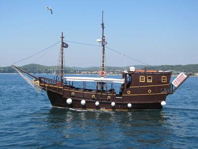 Piratenschiff für Touristen