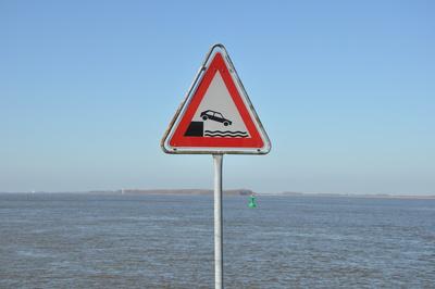Verkehrsschild Ufer Verkehrszeichen VZ-129