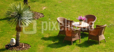 Frühjahrsanfang - Gartenmöbel raus