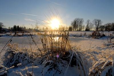 Winterlandschaft mit Sonnenaufgang