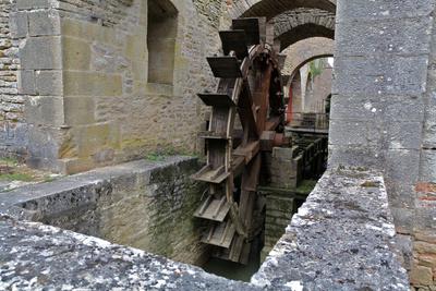 Unterschlächtiges Wasserrad aus dem 18. Jahrhundert