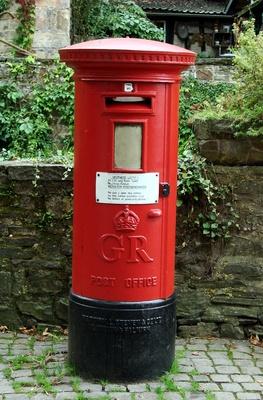 Der Lob und Tadel Briefkasten im British-Style
