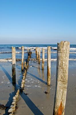 Verfallener Steg in die Ostsee bei Juliusruh auf Rügen