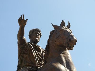 Ehrendenkmal 3